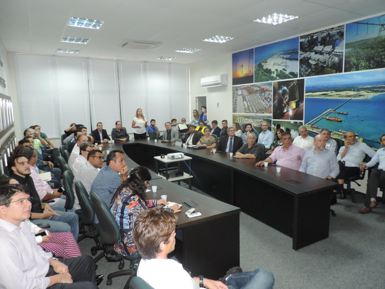 Estimulado pelo hub, Governo do Ceará reúne setor produtivo e operadores para ampliar exportações por modal aéreo